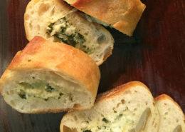 Fresh-Creations-Spinach-Artichoke-Stuffed-Garlic-Bread-Website