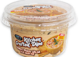 6791-lvf-kitchen-crafted-mango-peach-salsa-sour-cream-dip